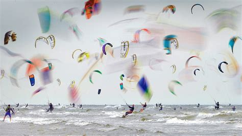 kitesurfing bing wallpaper