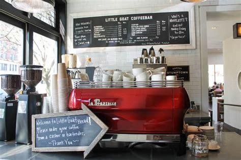 Özgür olmanın özgün olmanın getirdiği ne varsa, söylenecek sözlerin ardından noktayı koyanı sen ol. Pin by Jason Glass on Queenies   Coffee house cafe, Goats, Chicago restaurants