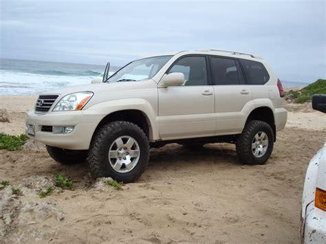 lifted lexus sedan a little 4wheeling in a lifted gx clublexus lexus