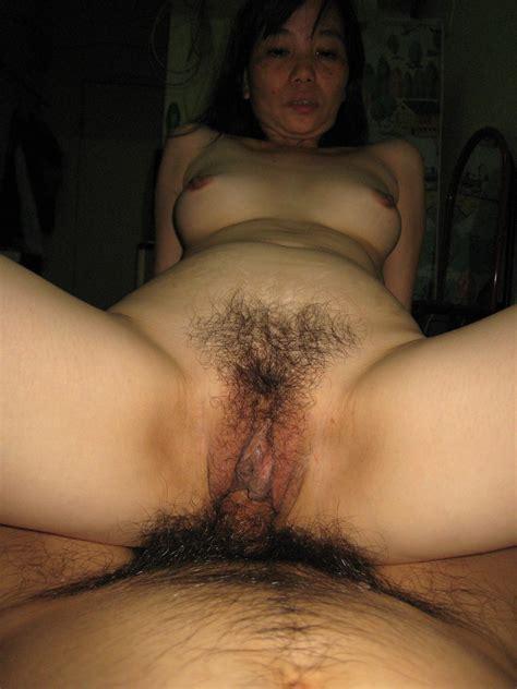 asia porn photo hairy asian gash