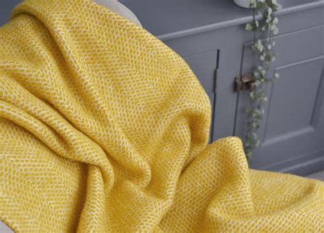 Buttercup Yellow Beehive Armchair Throw