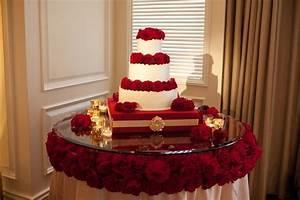 wedding cake table decorations ideas wedding and bridal With wedding cake table ideas