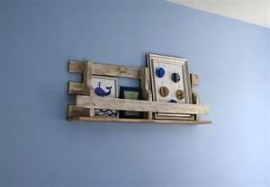étagère En Palette : etag re murale en palette petites bricoles en bois et cie ~ Dallasstarsshop.com Idées de Décoration