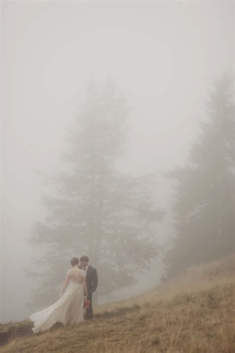 luke  ambers foggy orcas island wedding