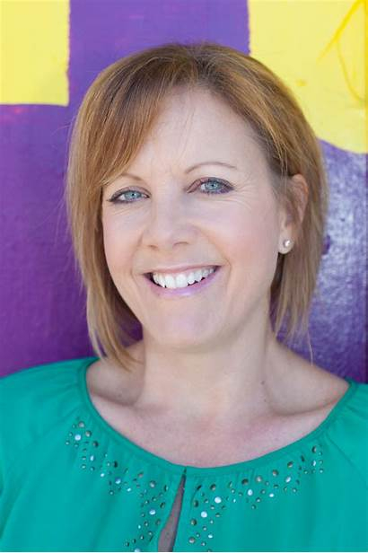 Carrie Pinsky Career Composing July Headshot
