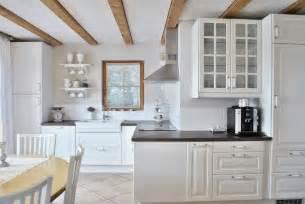 kleine landhausküche landhausküche ikea schlossreitstall
