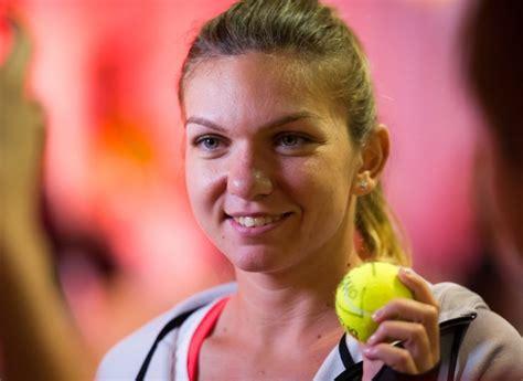 SIMONA HALEP - DOMINIKA CIBULKOVA 0-6, 5-7 | Chinuita de accidentari, Simona Halep a pierdut primul sau meci dupa o pauza de o luna!