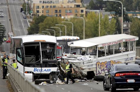 Boat Crash Washington by Us At Least Four Dead In Seattle Duck Boat Crash