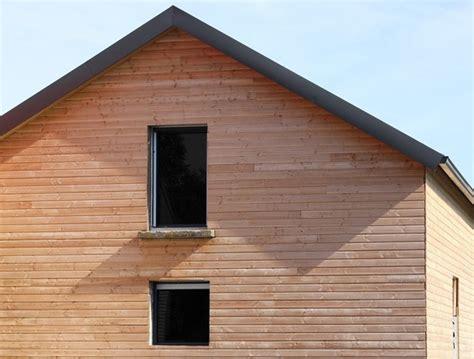bardage pour mur exterieur poser un bardage en bois sur les murs faites des 233 conomies avec mr bricolage