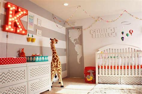 Zebra Nursery Bedding by Como Deixar O Quarto Das Crian 231 As Divertido Limaonagua