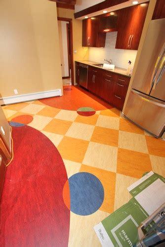checkerboard vinyl flooring home depot 1000 ideas about linoleum kitchen floors on