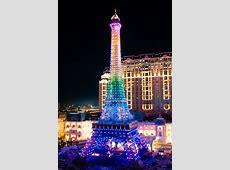 「澳門巴黎人」亮燈儀式在澳門金沙度假區舉行