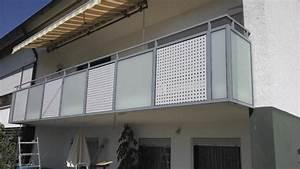balkongelander balkonverkleidung balkonprofile With garten planen mit lochbleche aluminium für balkone