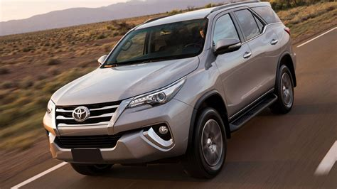 toyota fortuner  release date price  review