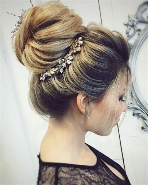 chic wedding hair updos  elegant brides deer pearl flowers