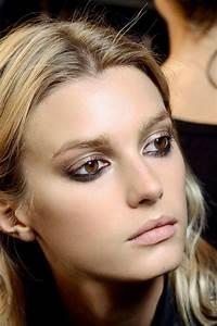 Couleur De Cheveux Pour Yeux Marron : le maquillage pour yeux marron 51 id es en photos et vid os ~ Farleysfitness.com Idées de Décoration