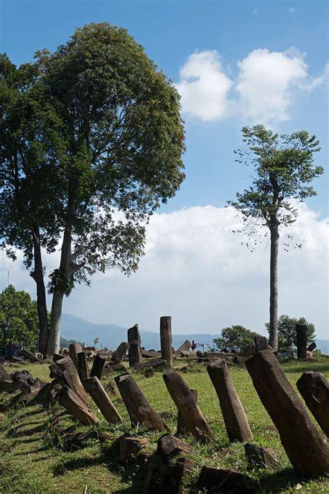 Gunung Padang, Java