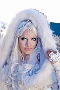 Snow Queen Halloween Costume | halloween makeup | Pinterest
