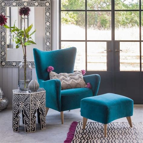 Decorating Ideas For Living Room Teal by Tips For Choosing Teal Living Room Furniture Living Room