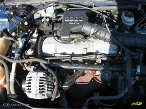 2002 Chevrolet Cavalier Sedan Engine Photos