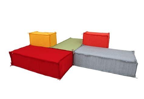 canapé original coloré canapé original avec design inhabituel et très créatif en