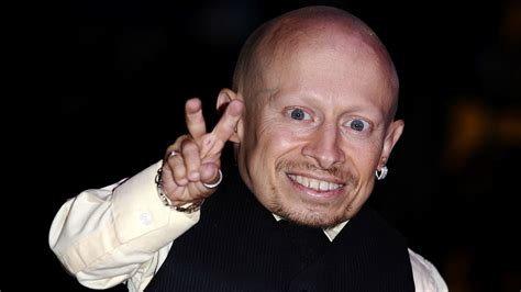 Verne Troyer, Of 'austin Powers' Mini-me Fame, Is Dead At 49