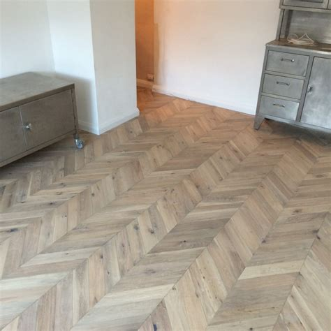 whitewash parquet flooring engineered oak parquet flooring chevron 18mm lucerne whitewash