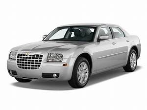 2009 Chrysler 300 Review, Ratings, Specs, Prices, and