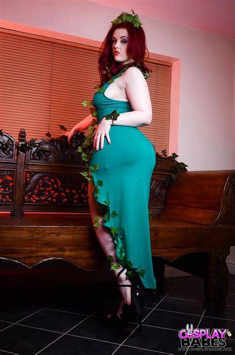 Redhead Fetish Model Jaye Rose Has An Erotic Cosplay Photo