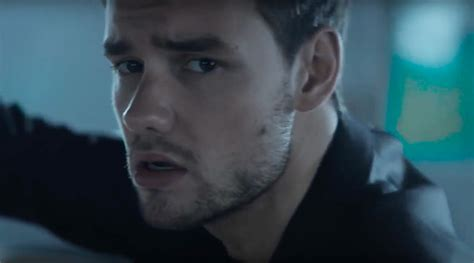 "Bella Thorne Stars In Liam Payne's ""bedroom Floor"" Video"
