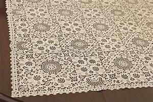 Tischdecke Mit Spitze : tischdecke 120x120 cm 100 baumwolle gestickter spitze ~ Lizthompson.info Haus und Dekorationen