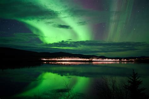 northern lights tours canada spectacle in the sky a stunning tour of the northern