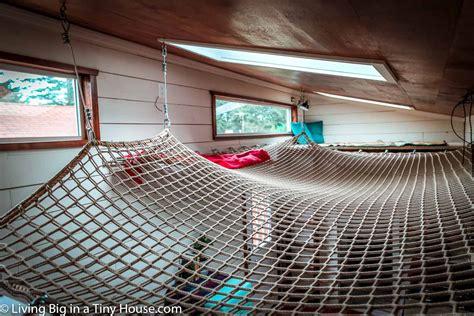 House Hammock by Amazing Diy Tiny House With Cool Loft Hammock