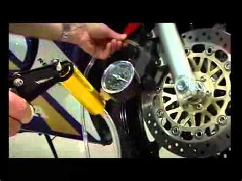 motorrad bremse entlüften stahlbus entl 252 ftungsventil bremsen entl 252 ften ganz einfach