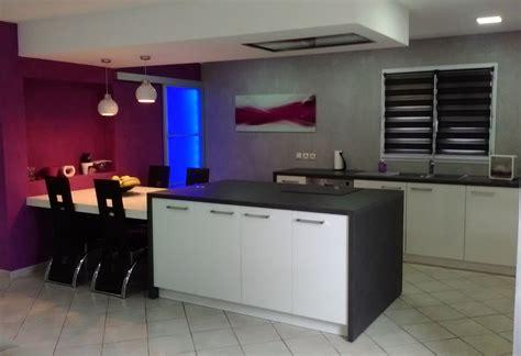 quelle couleur pour la cuisine cuisine 2 couleurs peinture salon chambre et cuisine