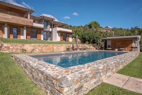 chambre de villa a louer à punta d 39 oro villa neuve piscine vue mer