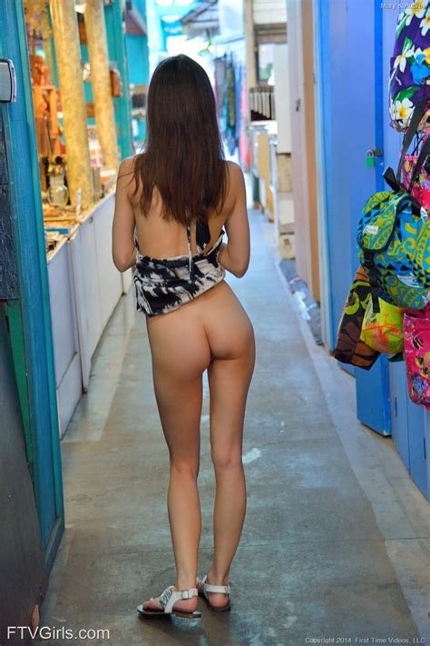 Two Hotties Showing Their Sexy Asses In Public