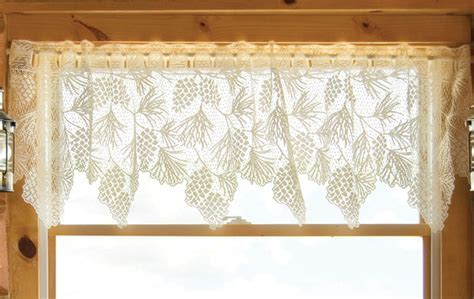 Woodland Lodge Lace Valance