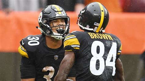James Conner Of Pittsburgh Steelers Steps Up In Le'veon