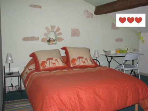 chambre chez personne ag馥 maison d hôtes gite meublé chez magjo chambre d 39 hôte à cyr du doret charente maritime 17