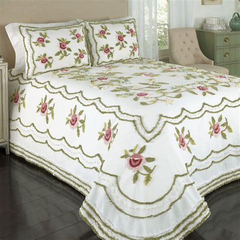 chenille bedspreads 39 best pillowcases images on pinterest pillowcases needlework and hand embroidery