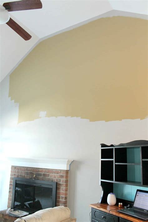 Zimmerdecke Streichen Tipps by How To Paint A Room With High Ceilings A Turtle S