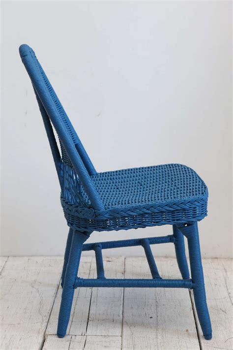 cobalt blue chair set of four cobalt blue wicker dining chairs at 1stdibs