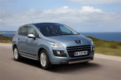 Peugeot 3008 Hybrid4 Price
