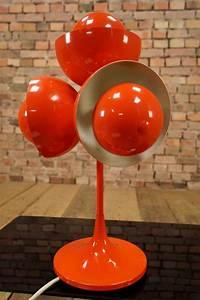 Space Age Möbel : 70s designer tischlampe vintage eames ra 70er lampe space age sputnik orbit space age in 2019 ~ Orissabook.com Haus und Dekorationen