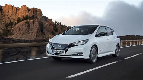 Nissan Car : New Nissan Leaf (2018) Review