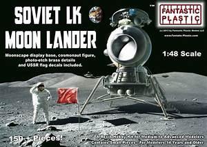 Soviet LK Moon Lander - 1:48 Kit by Fantastic Plastic