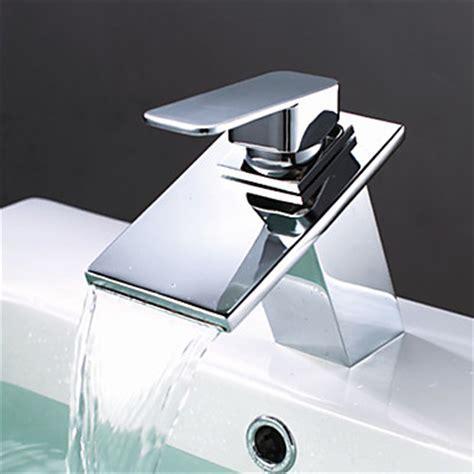Brass Waterfall Bathroom Sink Tap T0818BR [T0818BR]   £59.99