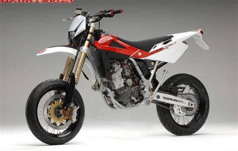 2 husqvarna smr 510 supermoto is rode a husqvarna 510 today sportbikes