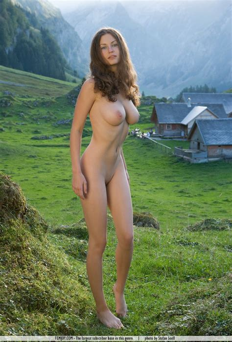 Nude Belarus Girl Outdoors Office Girls Wallpaper